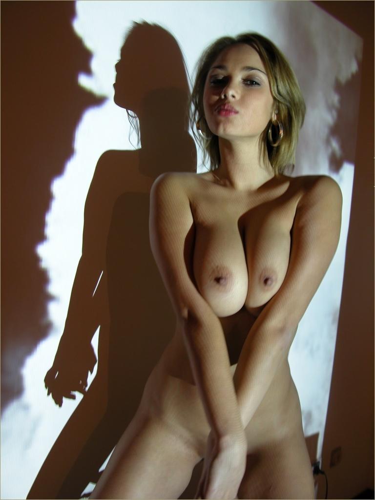 rue des femmes nues photos de jeunes meuf nues